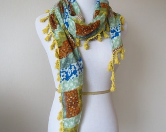 Irregular Triangle Floral Scarves with Tassels Yellow Color