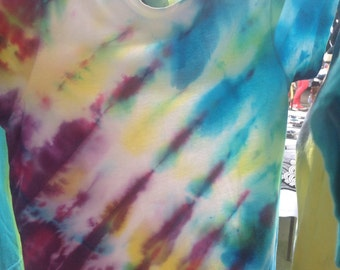 Christmas Special Kids Size 4 Tie Dye Tops