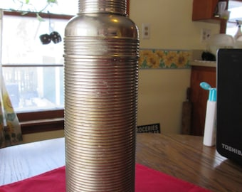 Vintage Thermos American Thermos Bottle Co. PAT No. 13093-March-15-10 No25Q Ribbed Stainless Steel