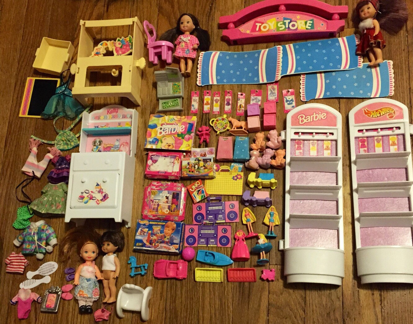 Huge 88 Pc Vintage 90 S Barbie Kelly Tommy Doll Lot W Furniture Clothes Accessories Toy Store Haute Juice