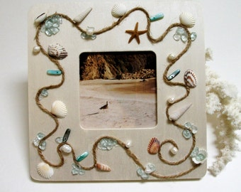 Shell Picture Frame, Beach Shell Frame, Wood Frame, Beach Wedding Frame, Seashell Frame, Beach Glass Frame, Cottage Frame, Nautical Frame,