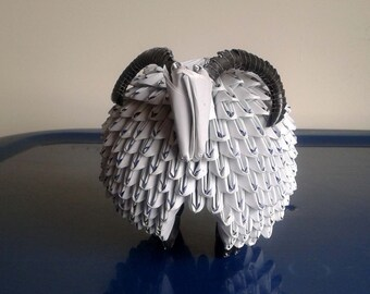 Triangle Paper Origami:Sheep