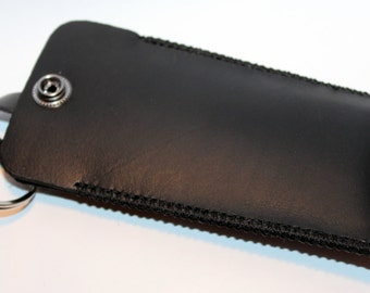 Leather key holder, handmade black leather case with silver key ring, great gift for men, great gift for women.