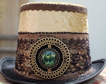 Venetian Gold Vintage Magician Top Hat