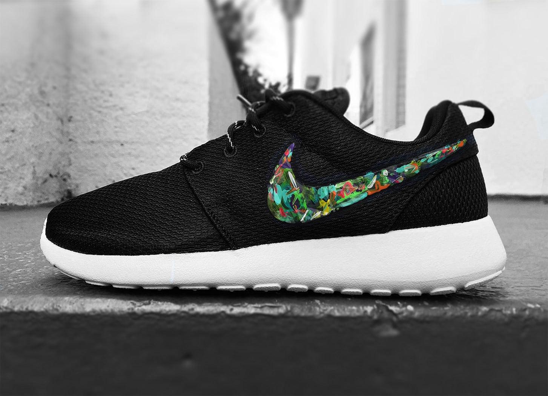 pjyzo Womens Custom Nike Roshe Run sneakers cute design by CustomSneakz