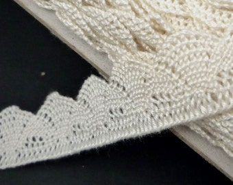 5yd  / 4.5 meter Beige Rayon Scolloped Crochet Lace Trim Craft DIY 3/4 inch / 19mm width L566