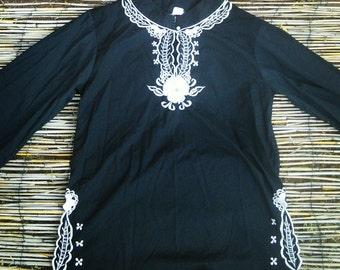 Indonesia peasant shirt large