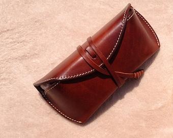 Vintage leather glasses case ,leather glasses box,handmade retro glasses box,eyeglass case