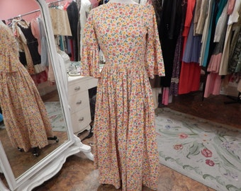 Country Dress with Bonnet  Size S great for a Costume