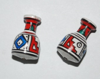 Tumi 10 x Clay beads mini vase shape, aribola, arybola, hand painted in Peru fairtrade red, white, blue(bp157)