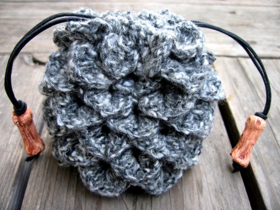 Crochet dragon scale dice bag grey and white drawstring