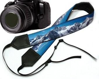 InTePro Mountain Camera Strap. Landscape camera strap. Black and blue DSLR / SLRCamera Strap. Camera accessories. Photographer gift.