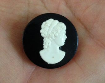 Cameo Button Brooch