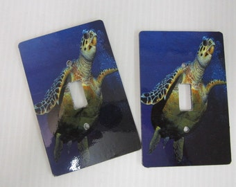 2 light switch plage covers, Turtle design