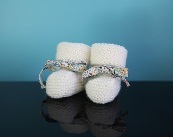 SIMONE - Baby booties in wool - knit - from birth to 6 months size (21 different colors)