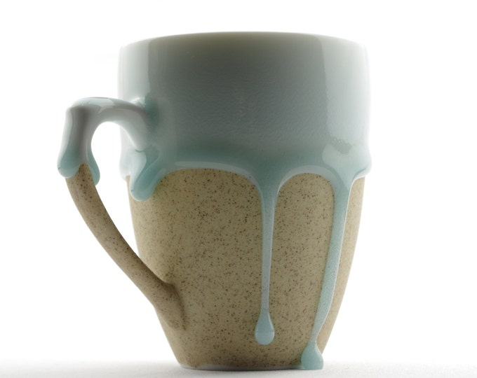 Styling of Flowing Glaze Teardrops White Beige 2 Colors Porcelain Mug with Handle