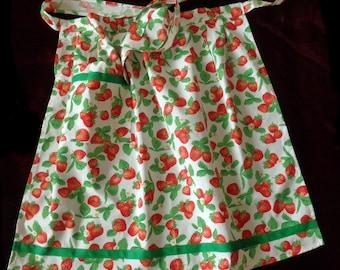 White half apron with strawberries