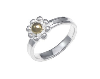 925 Sterling Silver Two Tone Enchanting Daisy Ring Size 5-10