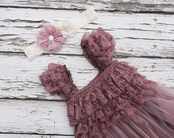 Dusty rose flower girl dress. Flower girl dress. lace flowergirl dress. Shabby chic vintage dress. . Dusty pink Toddler lace dress.