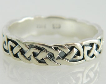 Vintage Sterling Silver Irish Knot Ring