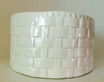 Classic Vintage White Basket Weave Planter