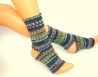 Yoga Leg Warmers Knitting Pattern : Rainbow leg warmers Etsy