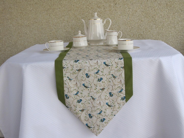 table runnertable linens dining room