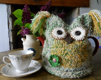 Owl tea pot cozy