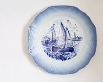 Vintage Teller Porzellan Segelschiff Maritim blau weiß Wandteller Dekoteller Bild