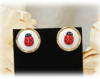 Lady Bug Stud Earrings (pierced) . . Adorable Vintage Button Style Lady Bug