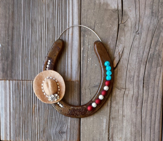 HORSESHOE Decorated with Cowgirl Rodeo Queen Hat with Bling for Americana Decor, CU2015-rodeo