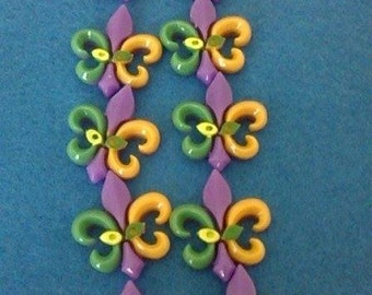 Pack Of 10 Fleur De Lis Flatback Cabochons