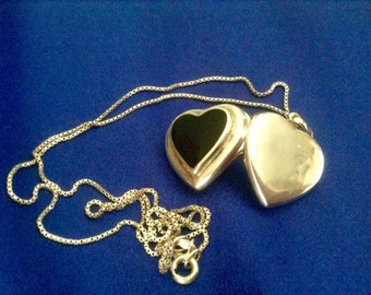 52} Sterling Heart Locket 16inch