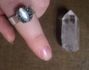 Cat Eye Moonstone Ring