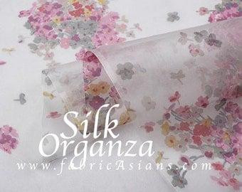 "SILK Organza. Pink floral silk. Floral Organza. Printed organza. Tissu fleurs Rose.  6momme. Width 42"""