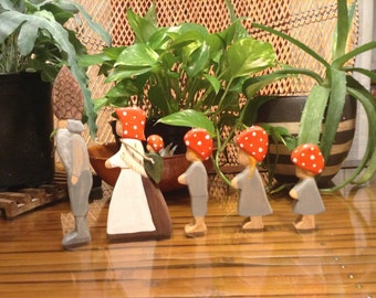 Elsa Beskow's Children of the Forest wooden figurine set of 5.