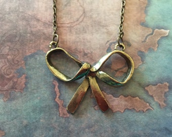 Necklace: Bow