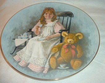 """1979 You're Invited 10"""" Plate from John McCelland World of Children"""