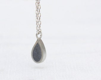 Tear Drop Necklace, Silver Drop Necklace, Minimalist Necklace, Everyday necklace, Casual modern Necklace, Sterling Silver Dainty Necklace