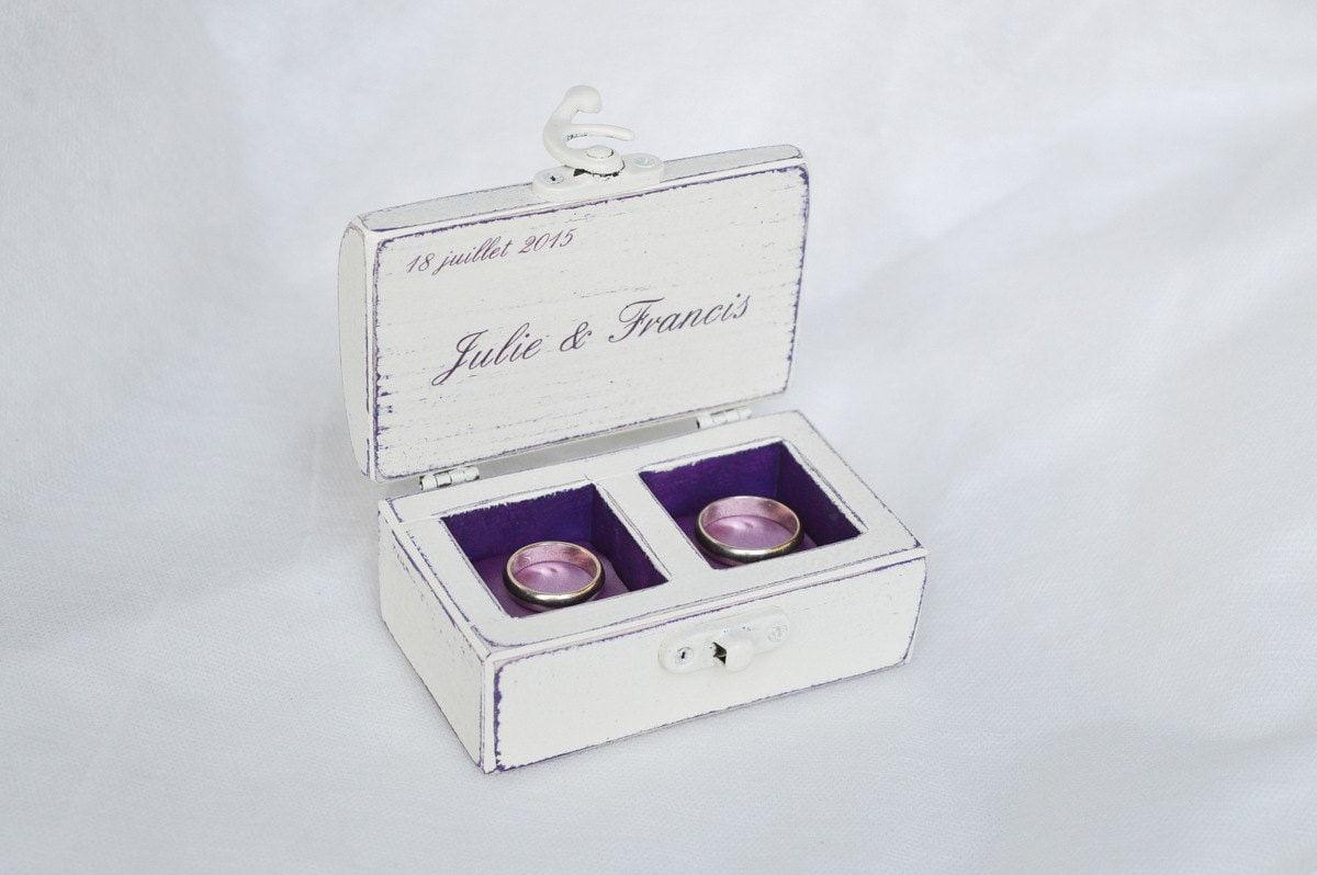Double ring box wedding ring box personalized rings box ring for Cute engagement ring boxes