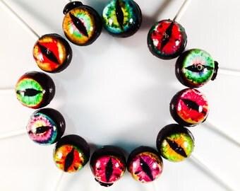 12 Eerie Eyeballs Hard Candy Lollipops