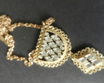 Vintage Sarah Coventry Gold Tone and Clear Rhinestone Pendant Necklace