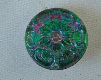 Czech Glass Button Green / Fuchsia Wheel Pattern  B152