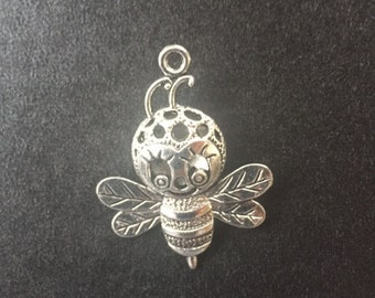 Bumble Bee Charm