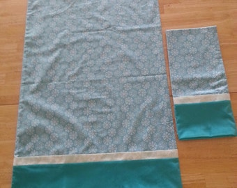 Pillowcase Pair - Teal Snowflakes