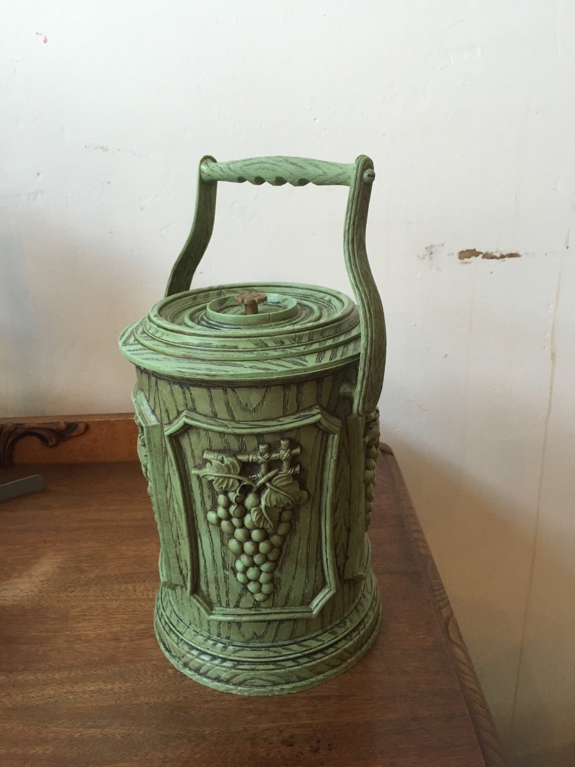 Vintage Green Plastic Ice Bucket