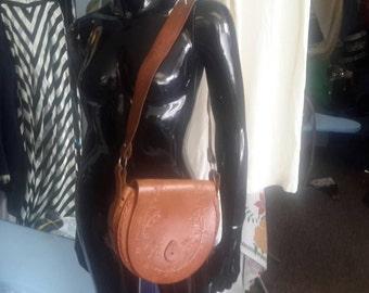 Chic boho leather shoulder bag, vintage 1970s