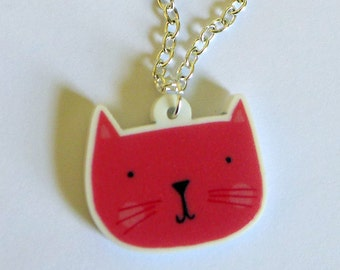 Kittie cat necklace <3