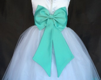 Elegant Big Bow
