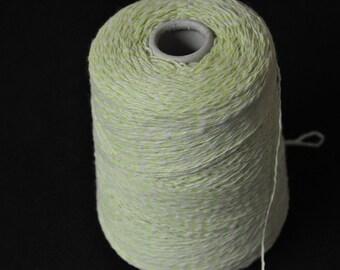 1 spool 500 g cashmere yarn light green 3,5 number metric knitting
